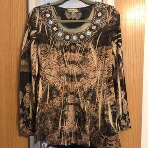 One world size Large beaded blouse